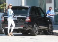 Elizabeth+Berkley+Elizabeth+Berkley+Gets+Parking+ftD9YS_QMhbx