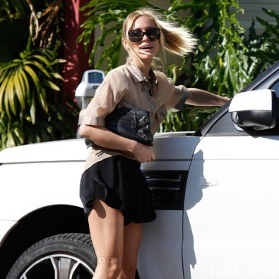kristin-cavallari-black-shorts-west-hollywood-LB