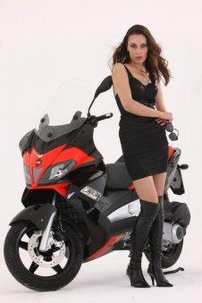 Aprilia SR Max 125-300
