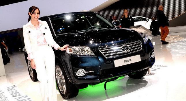 2010-Toyota-RAV-4-0001