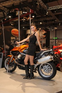 d30e7-motoguzzistelvio2011image