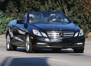 Demi Lovato Fills Up Her New Convertible