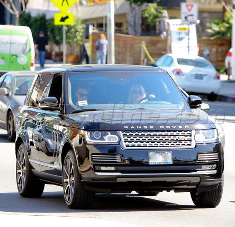 EXCLUSIVE Jessica Simpson driving on Sunset plaza