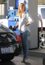 Delta Goodrem gas station LA 041914_13