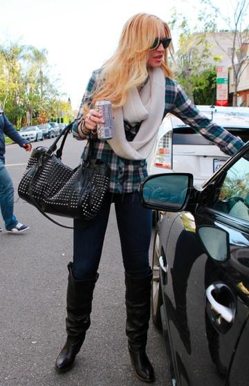 Lindsay-lohan-parkingticket-Mercedes-Benz-SL550