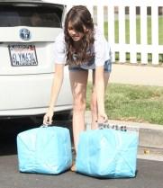 Sarah-Hyland-Wearing-Denim-Shorts-In-LA-02