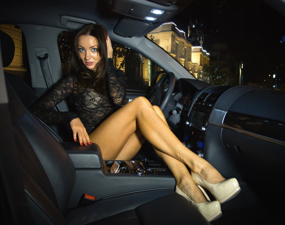 Volkswagen Touareg | Ridingirls